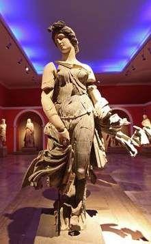 متحف انطاليا الاثرى