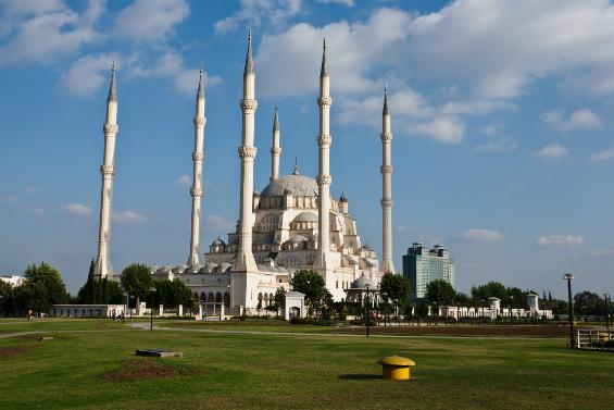مسجد هسار في ازمير