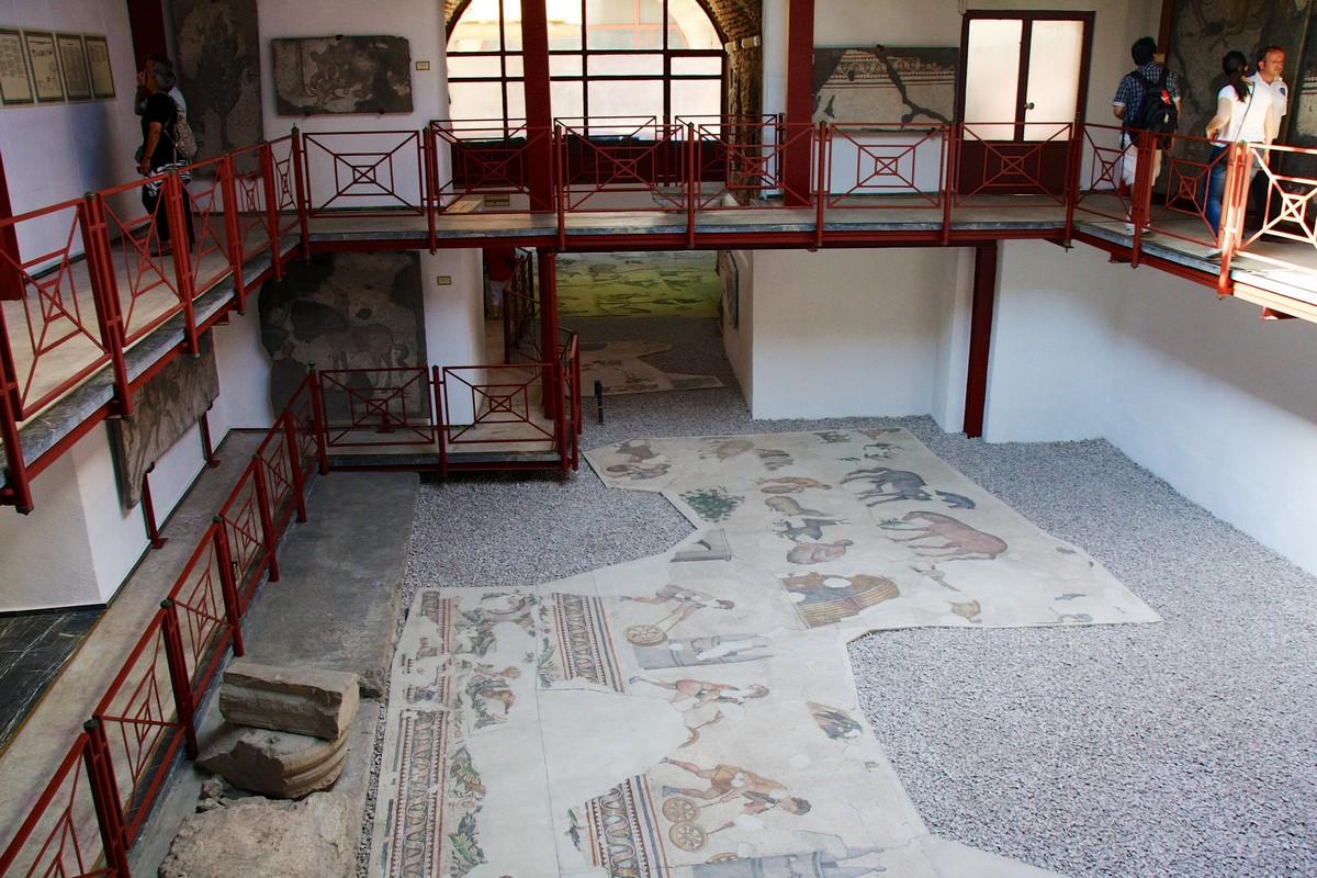 متحف القصر الكبير للفسيفساء