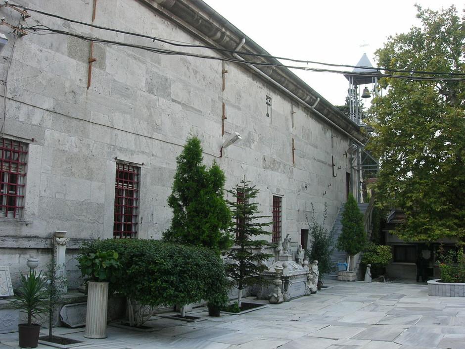دير  Balıklı Rum Kilisesi