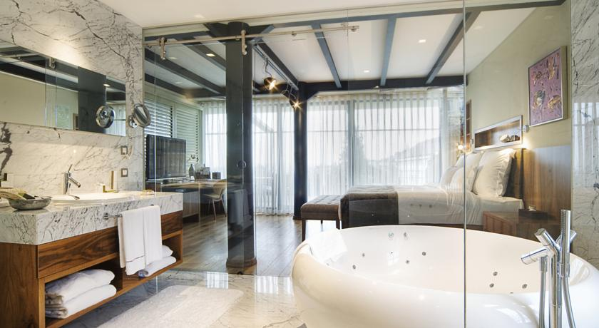 فندق Tomtom Suites