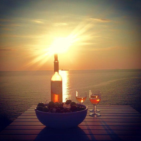 النبيذ فى الجزيرة