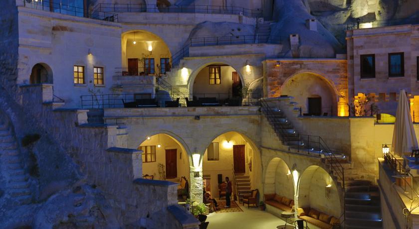 فندق فيتسير كيف سويتس