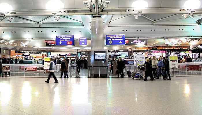 مطار اتاتورك من الداخل
