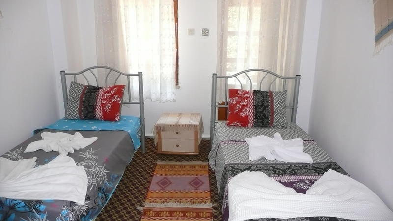 Ideal Hostel Pension 1