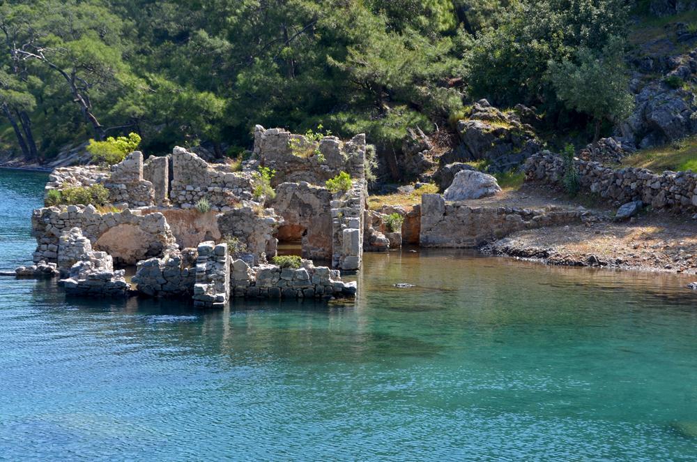 خليج حمامات كليوباترا