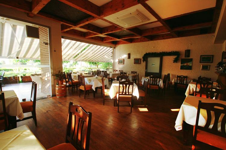 مطعم مقهى Betül