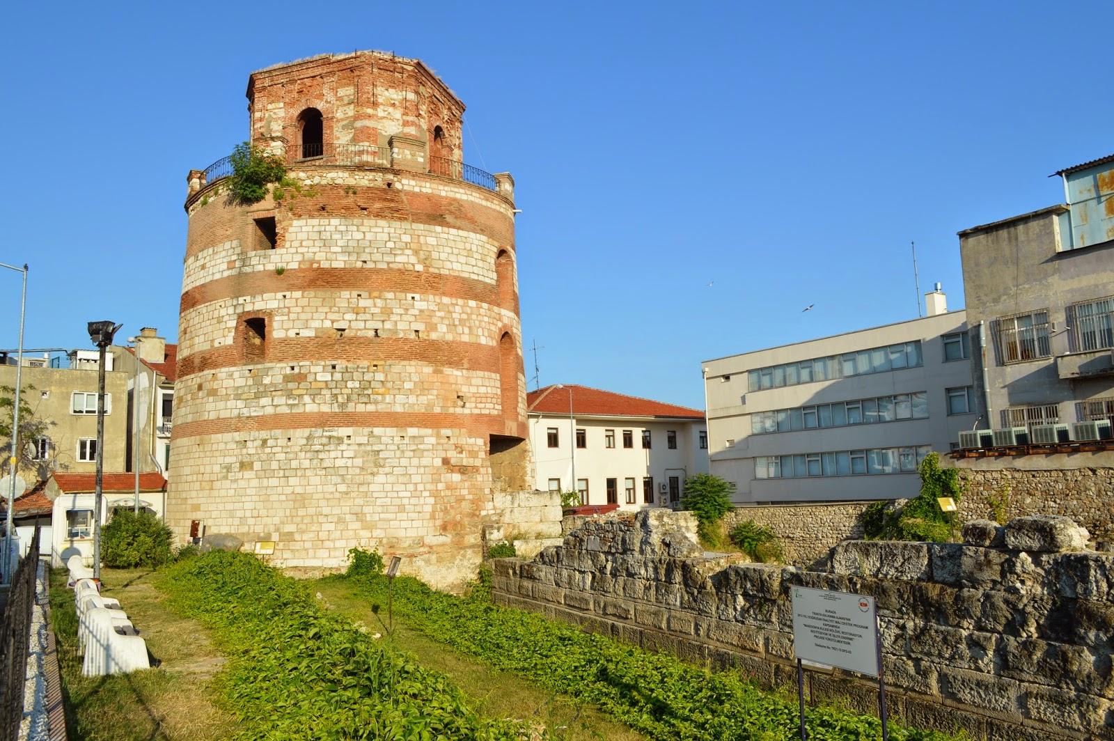 برج المقدونية
