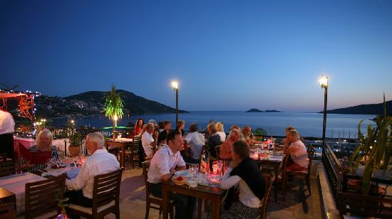 """نتيجة بحث الصور عن المطاعم ذات الإطلالة الرائعة في كالكان تركيا"""""""
